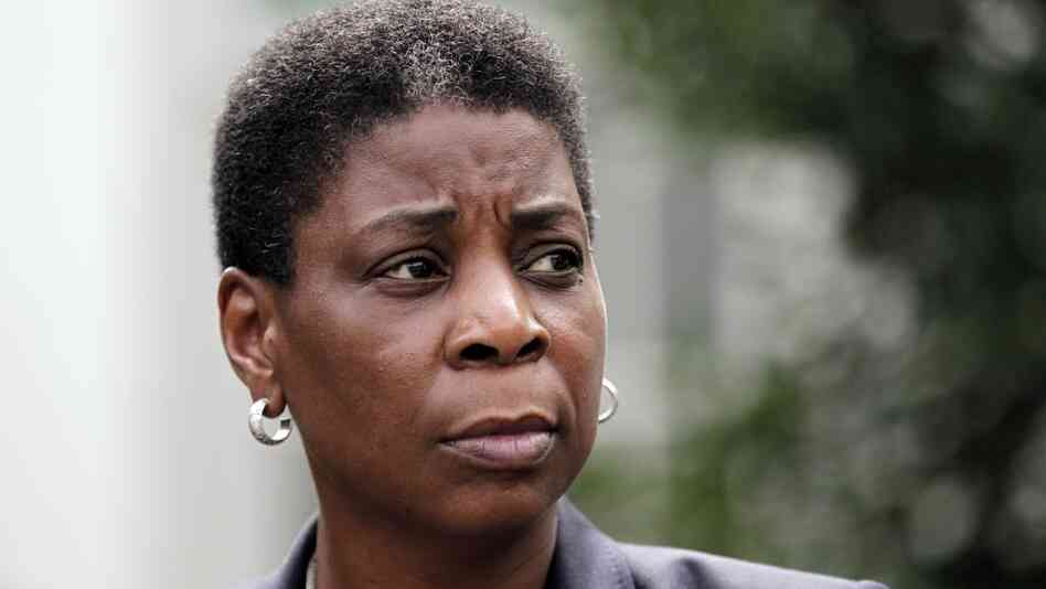 Xerox CEO Ursula Burns began her career with the company in 1980 as a summer intern. In 2009, she became the first African-American woman to lead a Fortune 500 company.