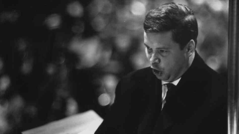 German baritone Dietrich Fischer-Dieskau performing Benjamin Britten's 'War Requiem' in Coventry Cathedral.