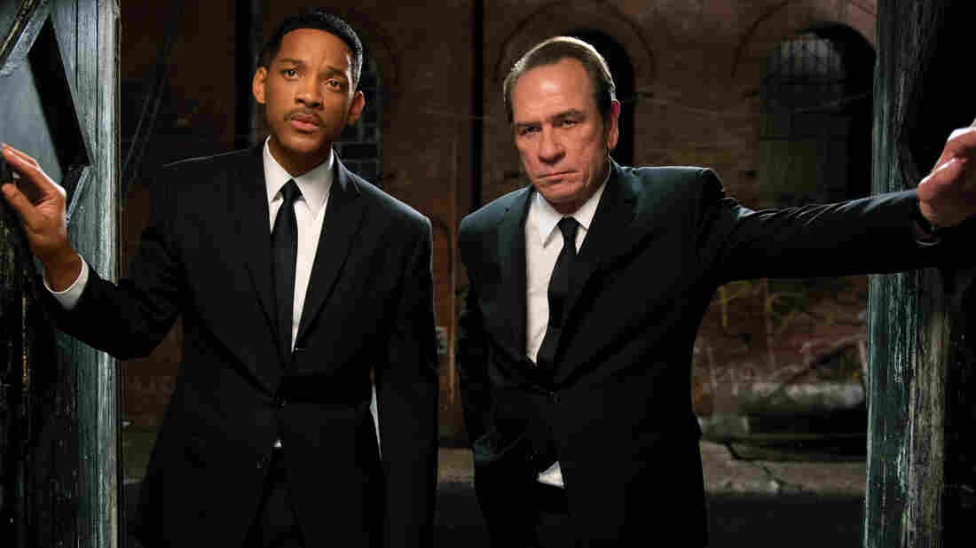 Galaxy Defenders: Ten years after Men In Black 2, Will Smith and Tommy Lee Jones reunit