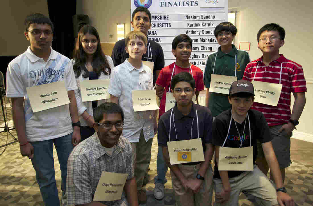 The 10 finalists of the 2012 National Geographic Bee are competing for prizes including a $25,000 scholarship and a trip to the Galapagos Islands.