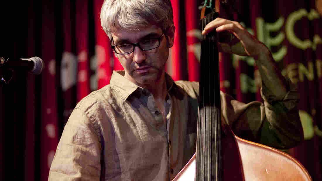 Alexis Cuadrado sets surrealist Spanish poems to music in a concert at 92Y Tribeca.