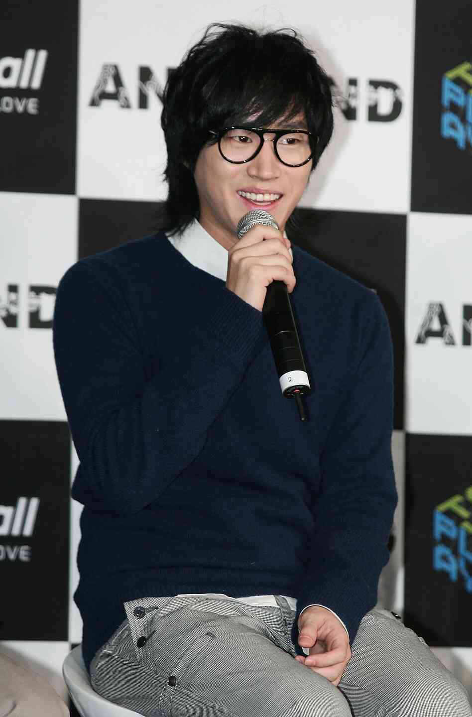 Tablo, also known as Dan Lee, really did earn both a bachelor's and a ma