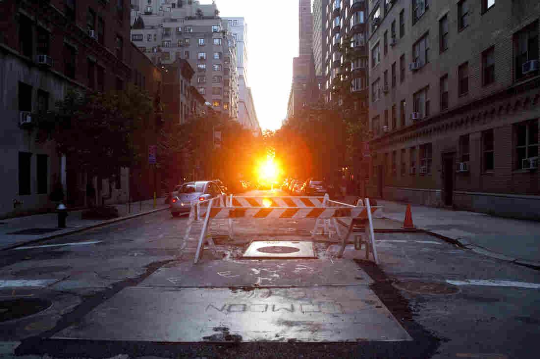 Manhattanhenge in July 2009.