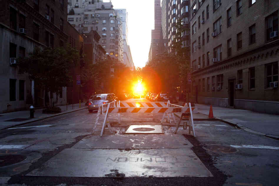 Manhattanhenge in July 2009.