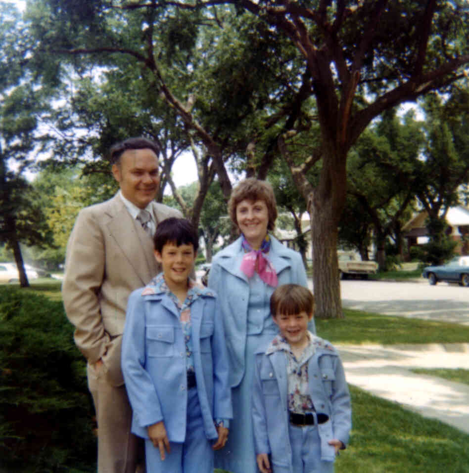 The Hilton family all dressed up, possibly for the John Denver show at Kemper Arena. Robin's the one in the light blue suit, with the lapels.