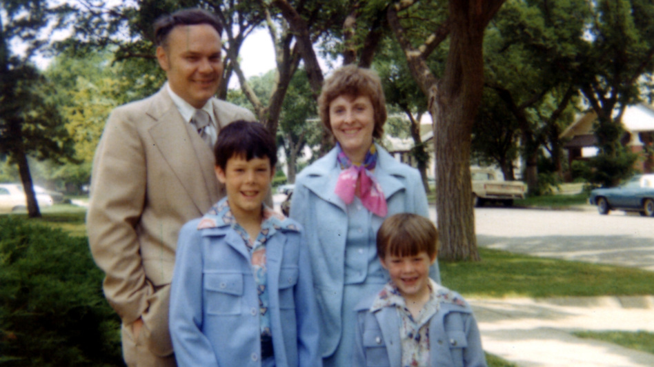 The Hilton family all dressed up, possibly for the John Denver show at Kemper Arena. Robin's the one in the light blue suit, with the lapels. (Robin Hilton)