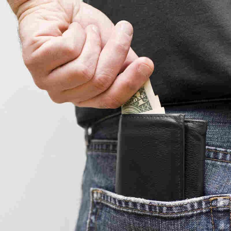 As Big Employers Pinch Pennies, Health Savings Accounts Take Off