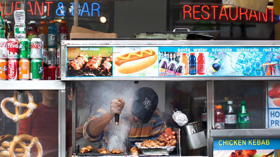 New York City food carts would also be affected by Mayor Michael Bloomberg's proposal to ban sugary drinks 16 oz. and larger. (Getty Images)