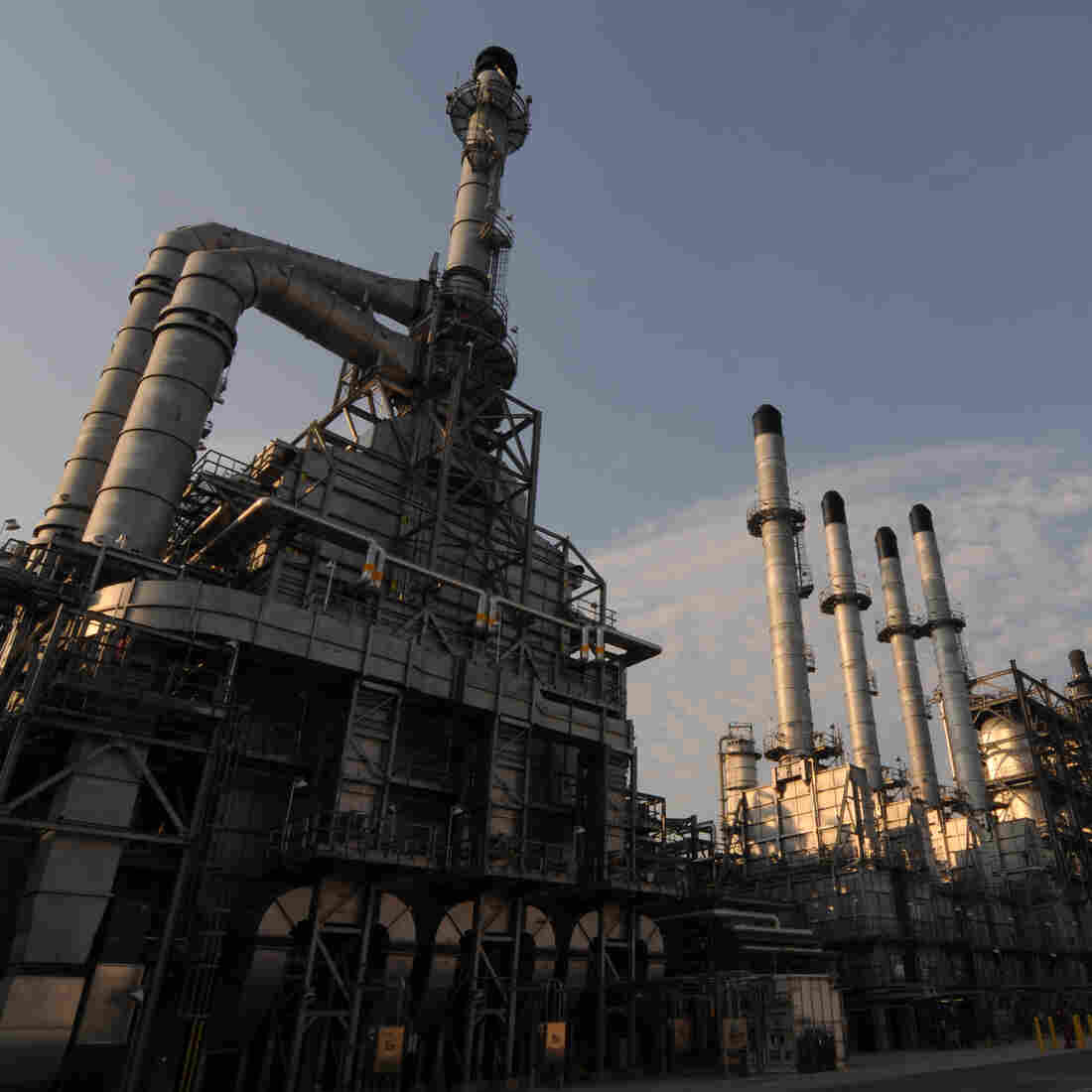 Gulf Refinery Expansion May Not Cut Gas Prices
