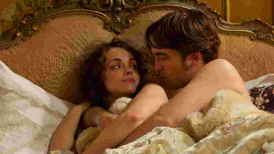The once-penniless Georges Duroy (Robert Pattinson) maneuvers his way to the top of Paris society by wooing and bedding the city's best-connected women — among them the influential Madame de Marelle (Christina Ricci.)