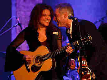 Rosanne Cash on the Cabinet of Wonders stage with John Wesley Harding.