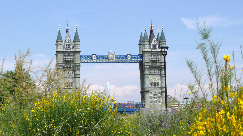 A model of London's Tower Bridge straddles a man-made river at the center of Spain's Parque Europa, a theme park replicas of the continent's most famous monuments. (for NPR)