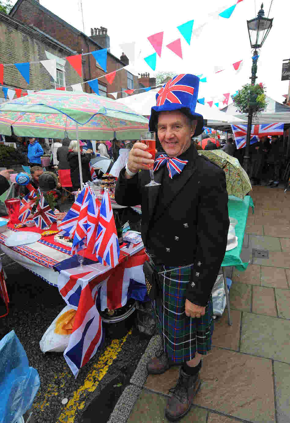 The four-day Diamond Jubilee celebrations also include thousands of street parties across the country.