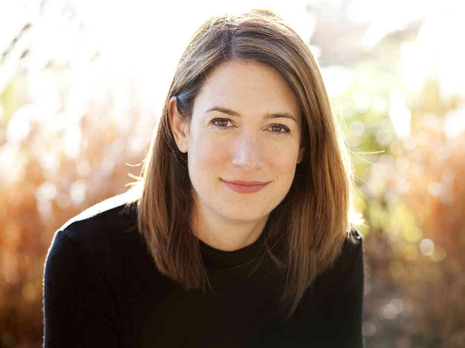 Gillian Flynn's first novel, Sharp Objects, was an Edgar Award finalist. She lives in Chicago with her husband.