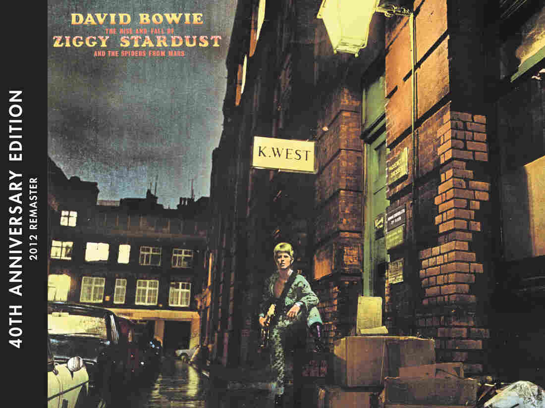 The Rise and Fall of Ziggy Stardust and the Spider's From Mars album art.