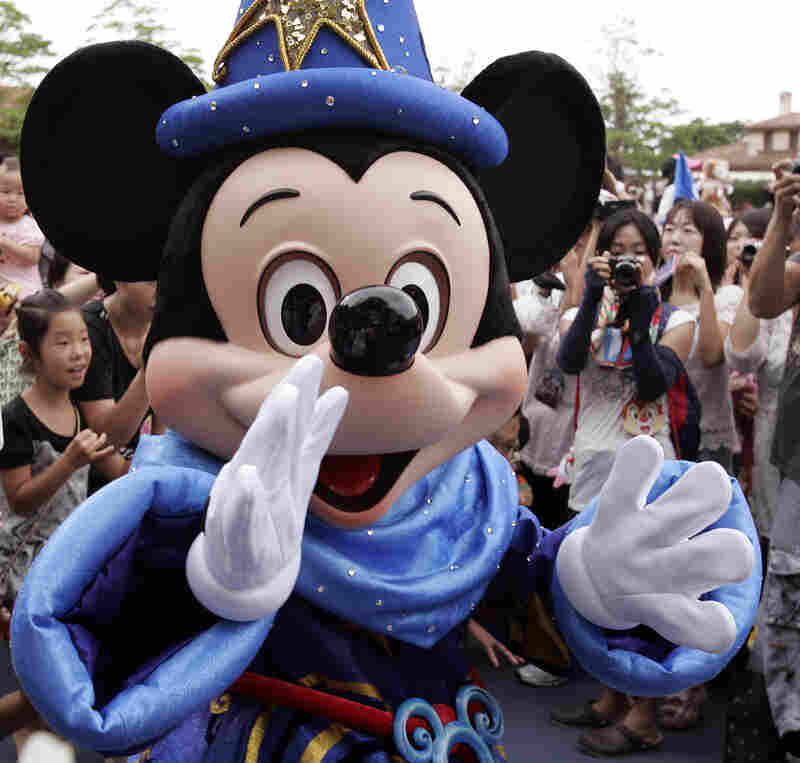 Mickey thinks kids should eat better.