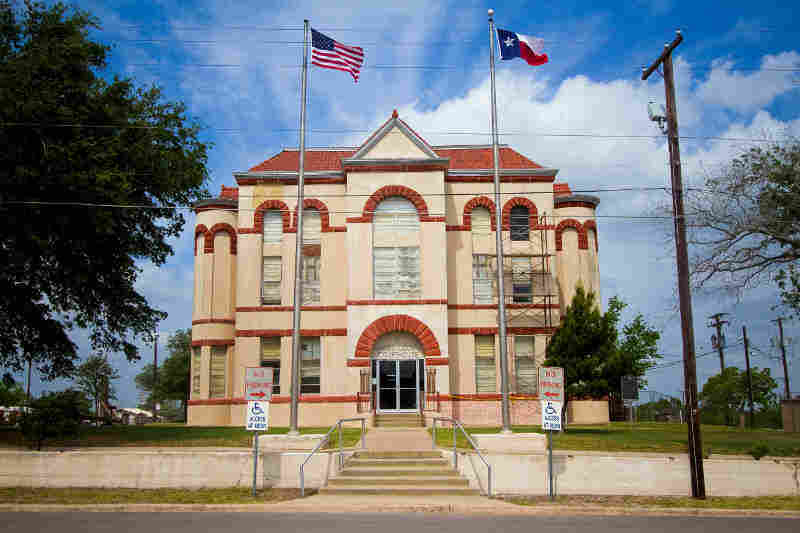 Karnes County Courthouse is one of scores of historic courthouses in Texas that are in disrepair due to inadequate funding and maintenance.