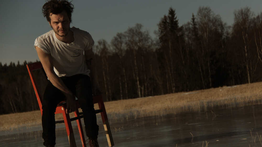 The Tallest Man On Earth: Tired Of Running