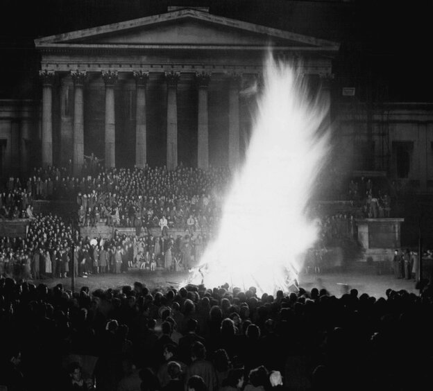 """A giant effigy of actor Danny Kaye burns during a peak moment of Guy Fawkes festivities in London, Nov. 5, 1948. Kaye was chosen as the """"Guy"""" by"""