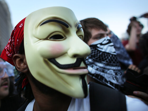 Protesters, some affiliated with the Occupy Wall Street movement, at the NATO summit in Chicago las