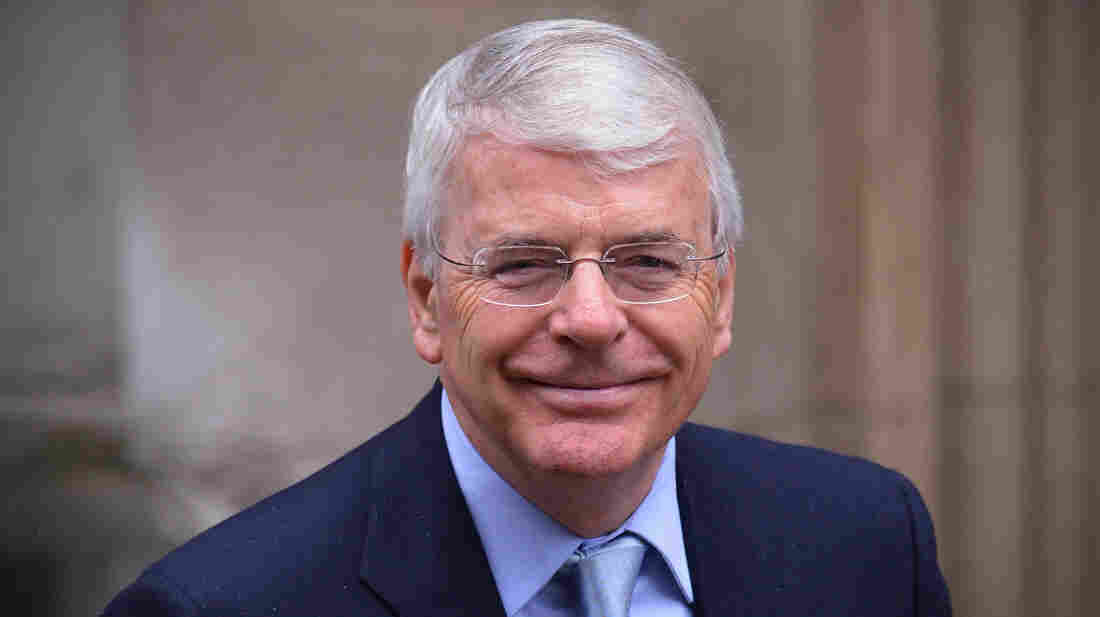 Former British Prime Minister John Major arrives to give evidence at the Leveson Inquiry into media ethics at the High Court in London, on Tuesday.