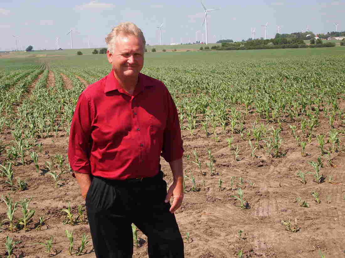 Larry Sailer on his corn and s