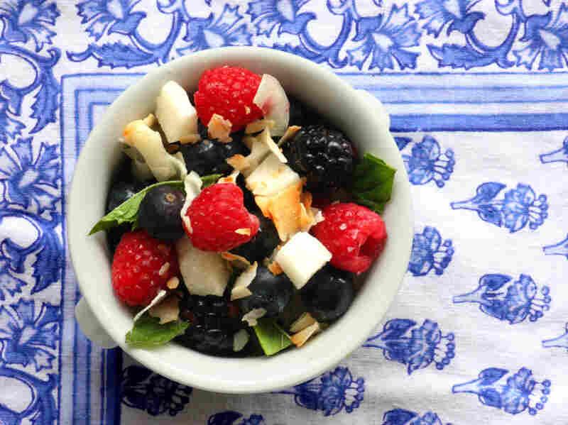 Crunchy Coconut-Berry Salad
