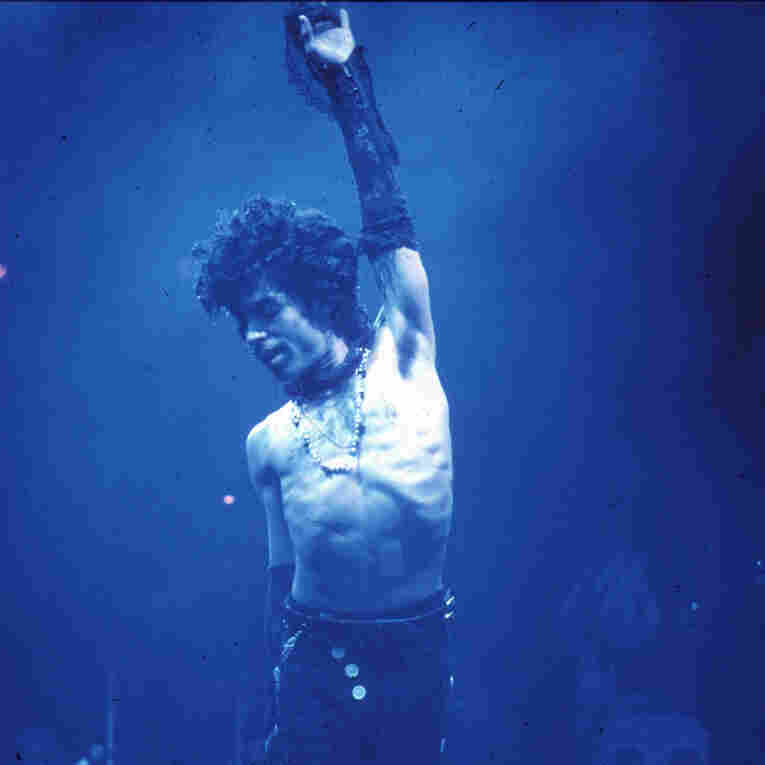 Prince performing at the Fabulous Forum in Inglewood, Calif., in 1985.