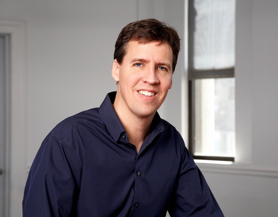 Jeff Kinney is an author, cartoonist and game designer. He lives in southern Massachusetts and has two sons. (Abrams)