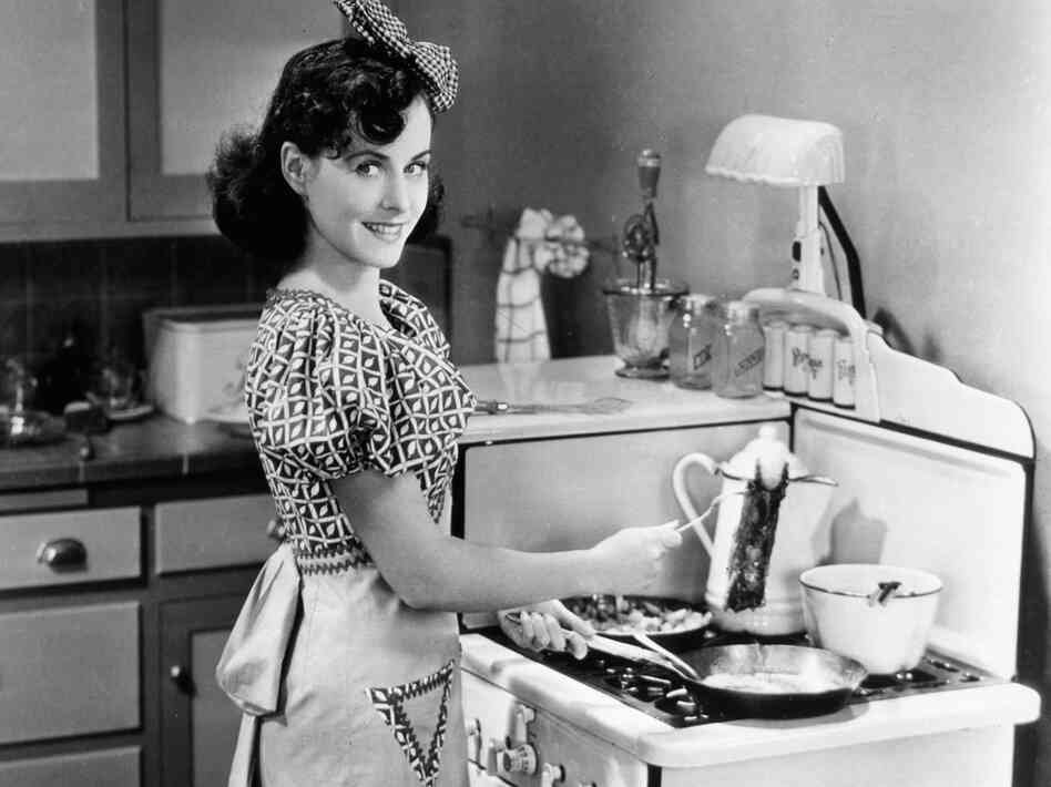 Paulette Goddard in the Tramp's (Charlie Chaplin) dream of a middle-class life in Modern Times.