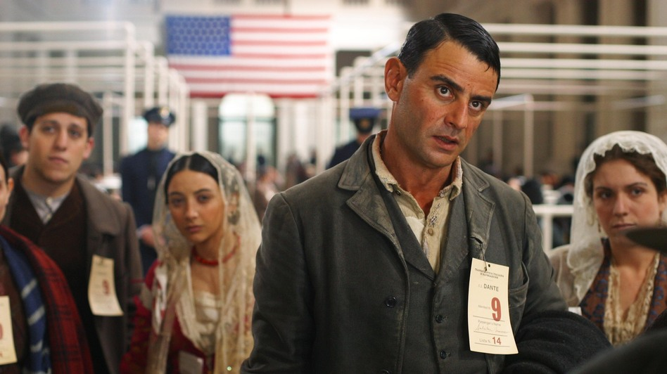 Salvatore Mancuso (Vincenzo Amato) arrives at Ellis Island with his family in Golden Door. (The Kobal Collection/RAI Cinemafiction)