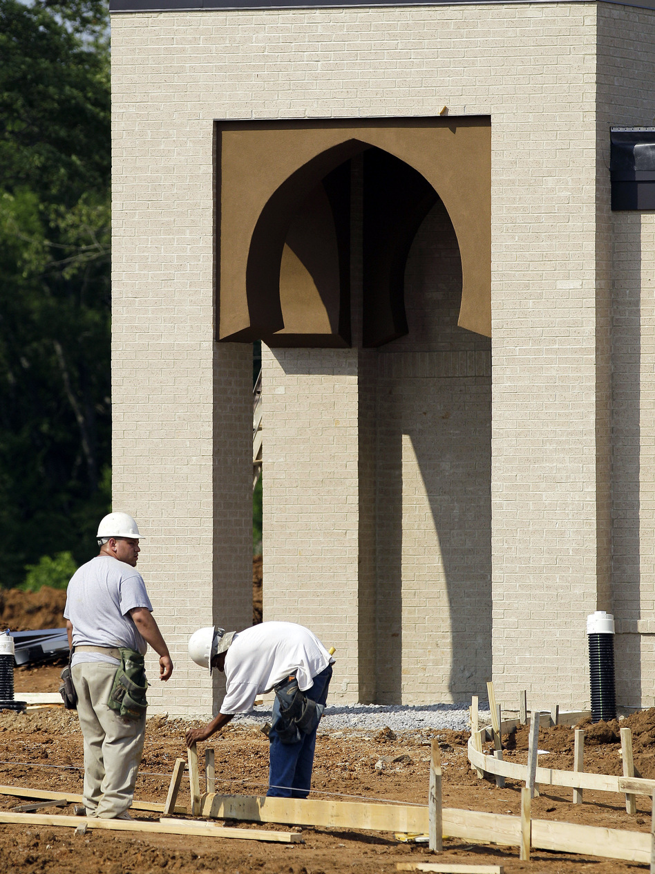 Construction employees work on the Islamic Center of Murfreesboro in Tennessee. (AP)