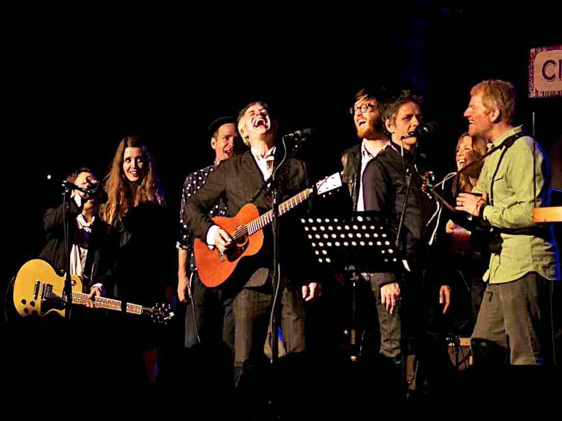 "This week's Cabinet of Wonders lineup sing ""Religious Experience"" to close the show."
