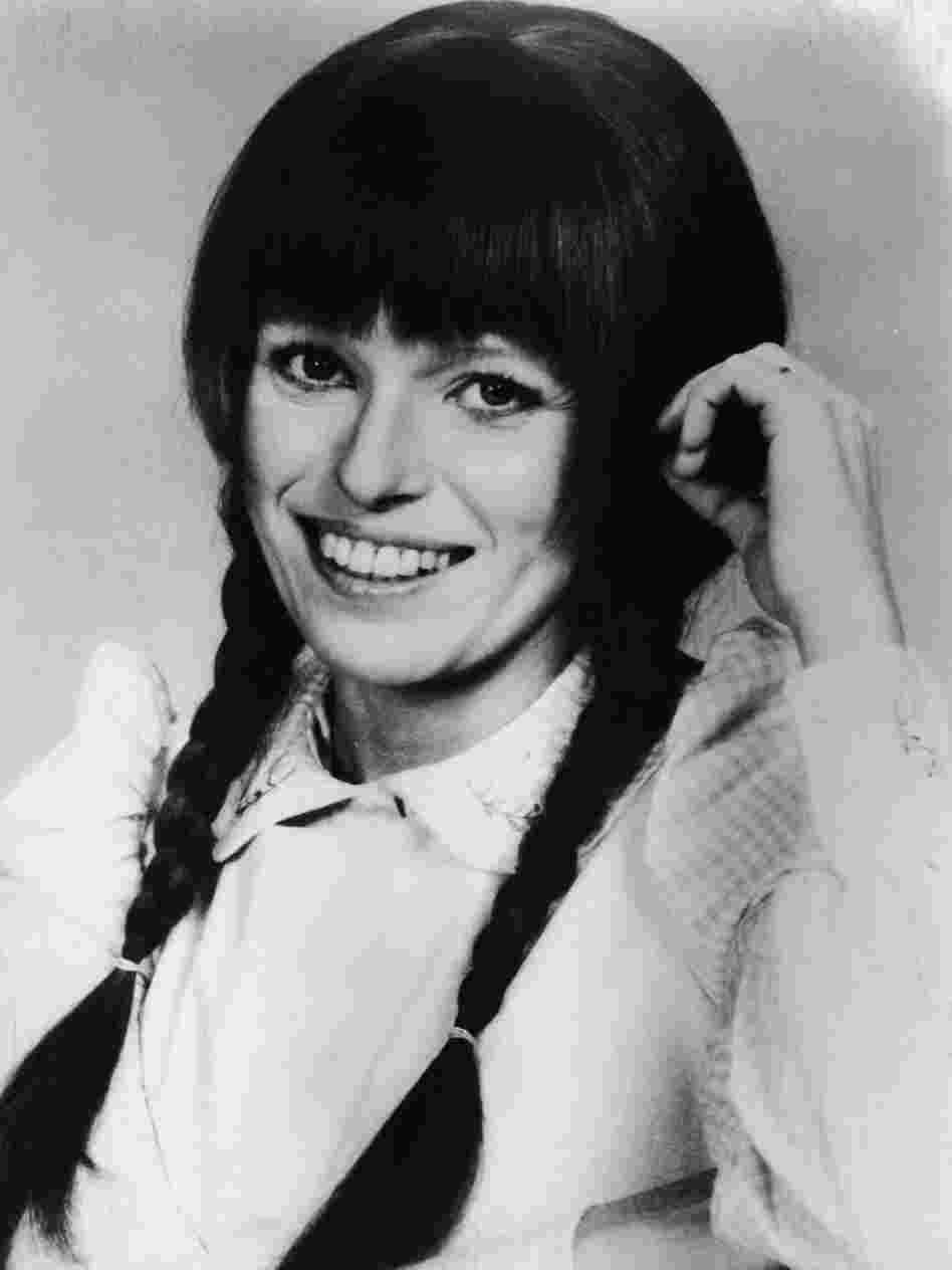 Louise Lasser starred in Mary Hartman, Mary Hartman, a short-lived '70s TV show that Lear conceived of as a soap opera parody.