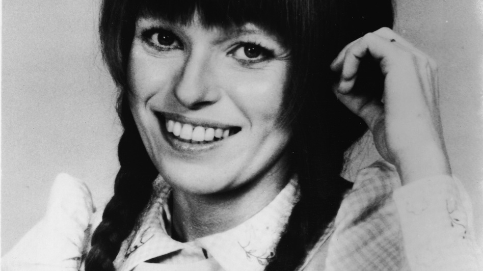 Louise Lasser starred in Mary Hartman, Mary Hartman, a short-lived '70s TV show that Lear conceived of as a soap opera parody. (Getty Images)