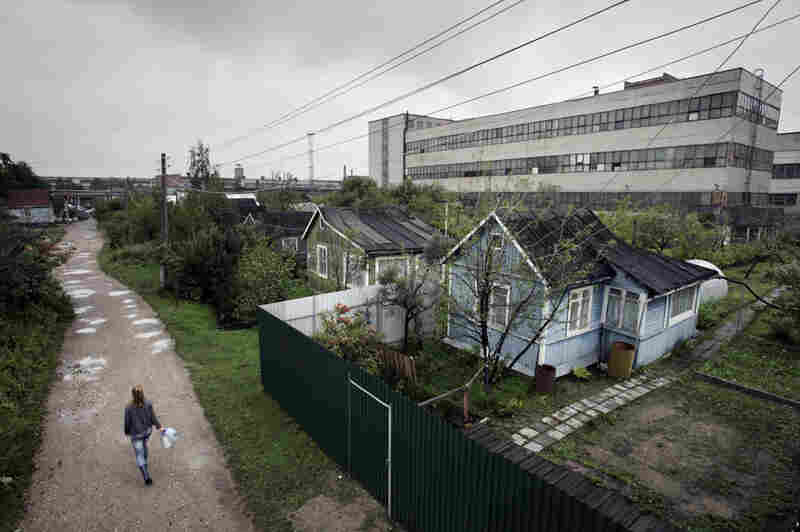 The dacha community of Lyubitel-5, near the town of Elektrostal, sits in the shadow of a steel smelter and Elemash, a plant rumored by locals to produce fuel pellets for nuclear reactors.