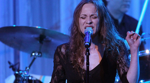 Recording artist Fiona Apple performs in February 2011. (Getty Images)