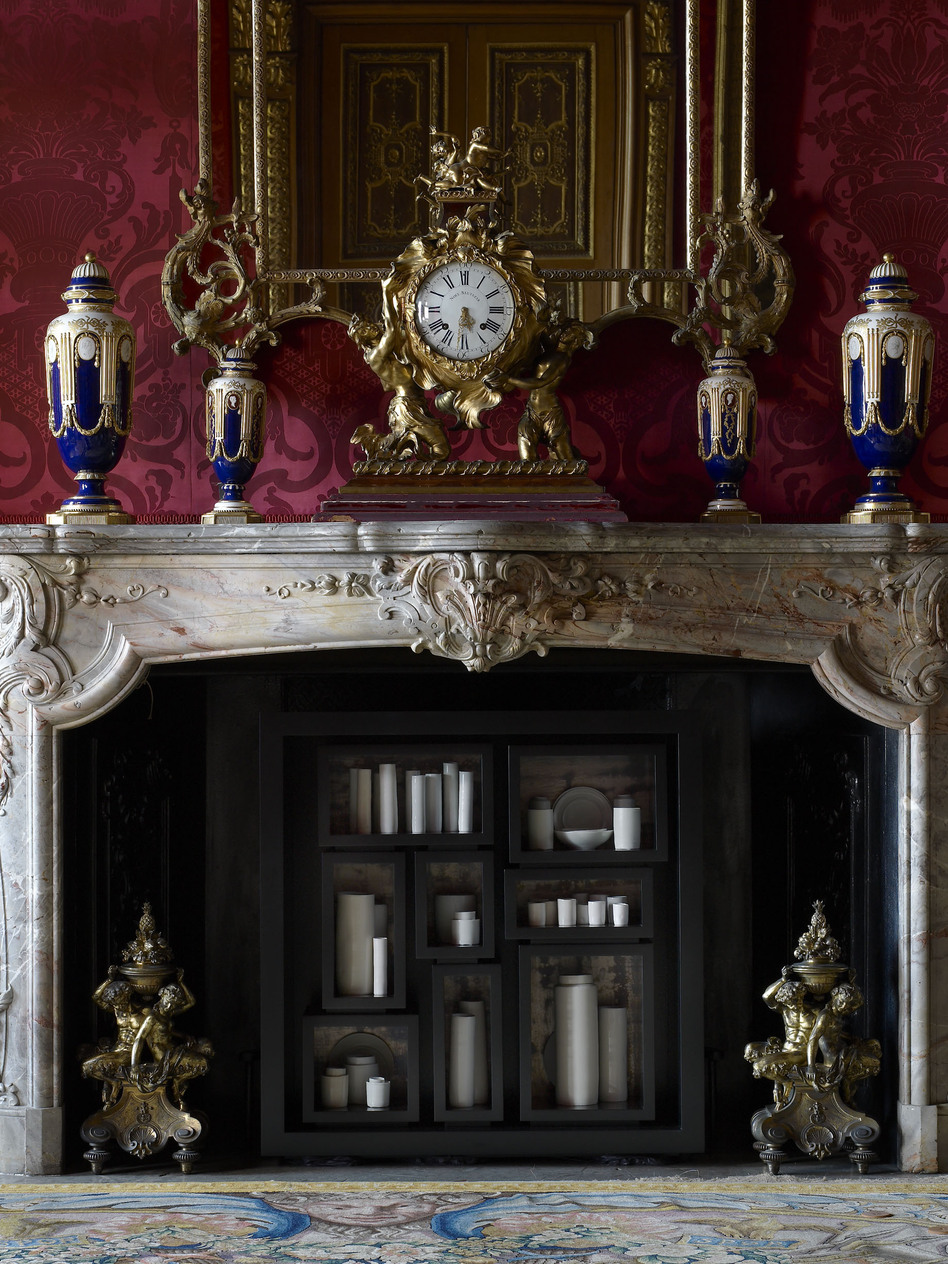 In the Red Drawing Room, de Waal has placed 48 thrown porcelain vessels, jars and dishes in the hearth for his work the properties of fire. (The National Trust, Waddesdon Manor)