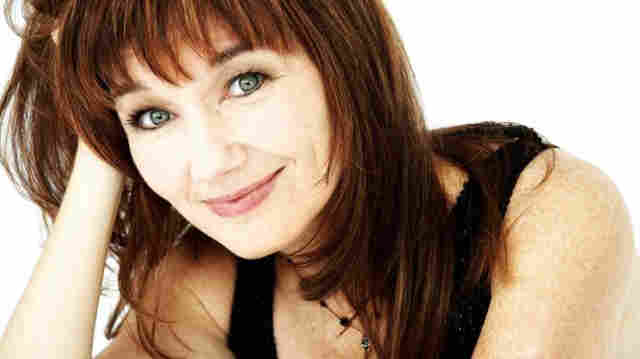 Lari White On Song Travels