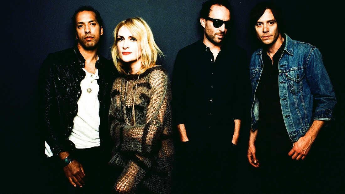 Metric: A Rock Band Declares Independence