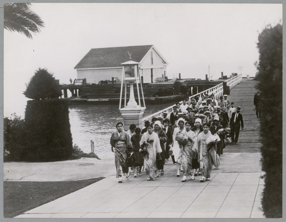 Immigrants arriving at Angel Island in 1931. (National Archives, Records of the Public Health Service)