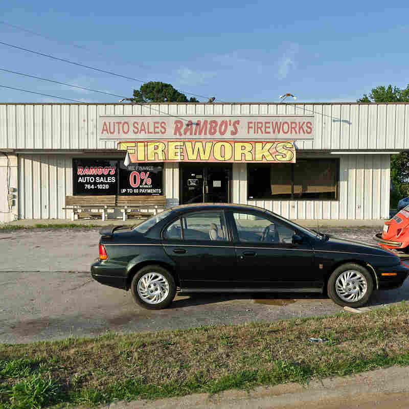 Rambo's Auto Sales and Fireworks. Florence, Ala.