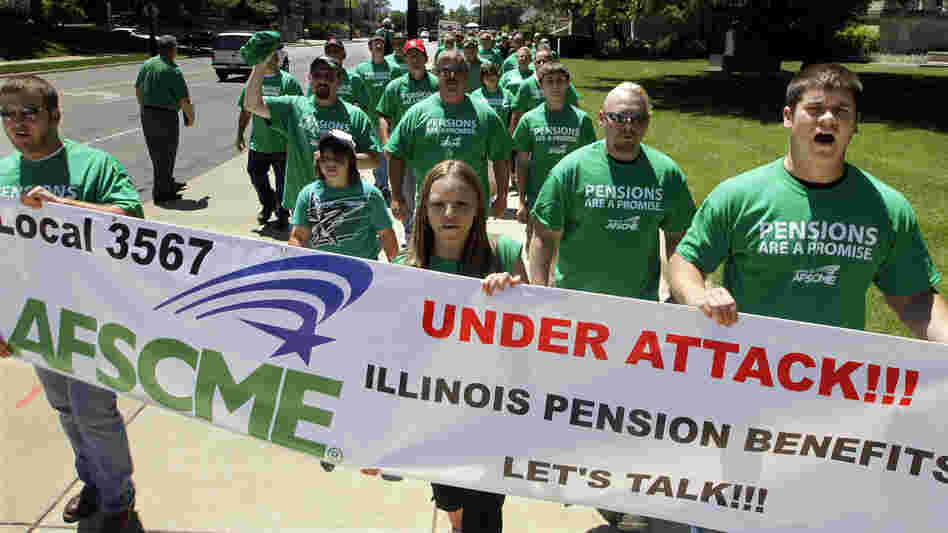 Illinois pensions have amounted to billions that the state can't readily afford. American Federation of State County and Municipal Employees rally against proposed pension legislation on May 23.
