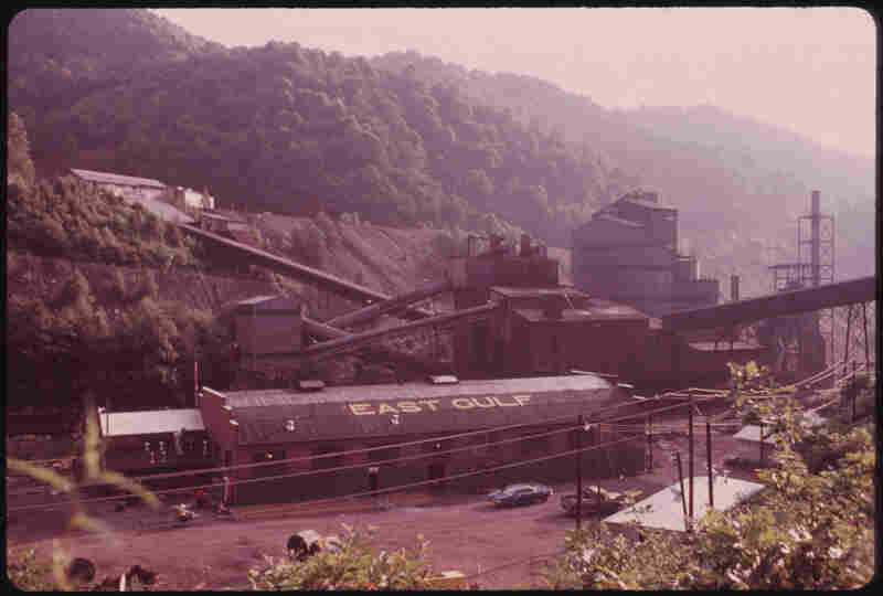 East Gulf, one of the largest mining companies in the area of Rhodell and Beckley, W.Va., in 1974.