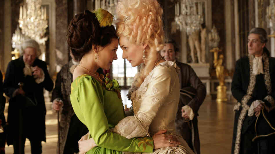 Gabrielle de Polignac (Virginie Ledoyen, left) is the  close, possibly intimate, friend of Marie Antoinette (Diane Kruger) — and the two are the bane of the approaching revolutionaries in Farewell, My Queen.