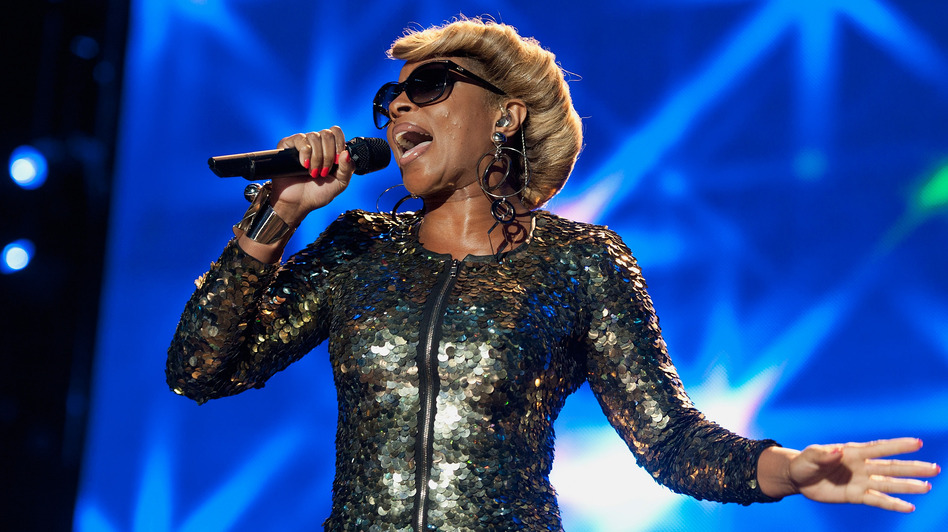Mary J. Blige performs during the 2012 Essence Music Festival at Louisiana Superdome on July 7. (Getty Images)
