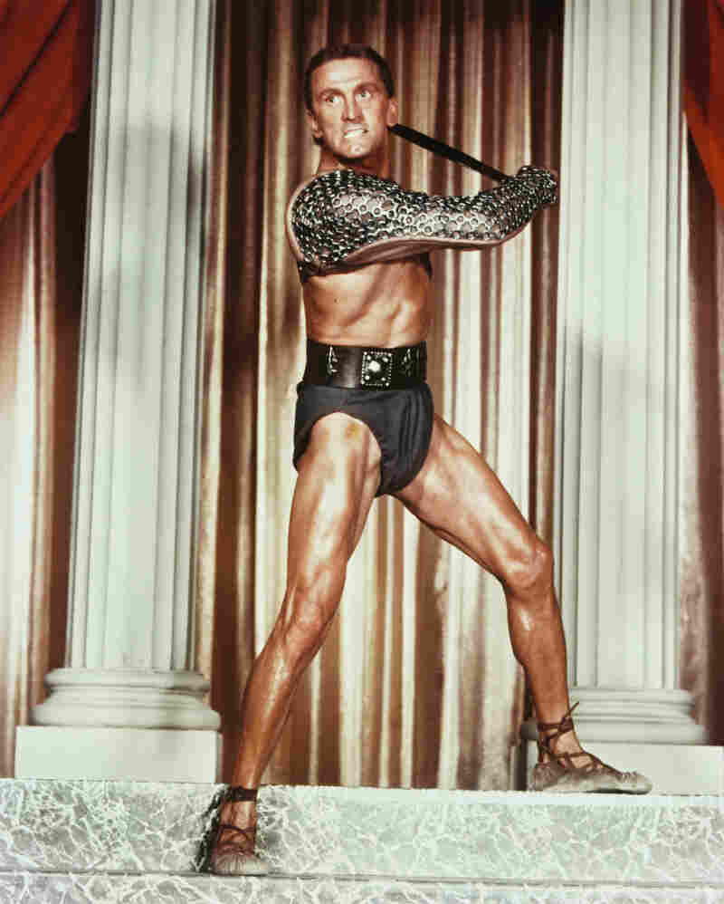 Westlake Legal Group gettyimage_981_2_-82e8d2506ffd99c17427bfd871725dd31b2544f1-s800-c15 Kirk Douglas, Hollywood Tough Guy And 'Spartacus' Superstar, Dies At 103