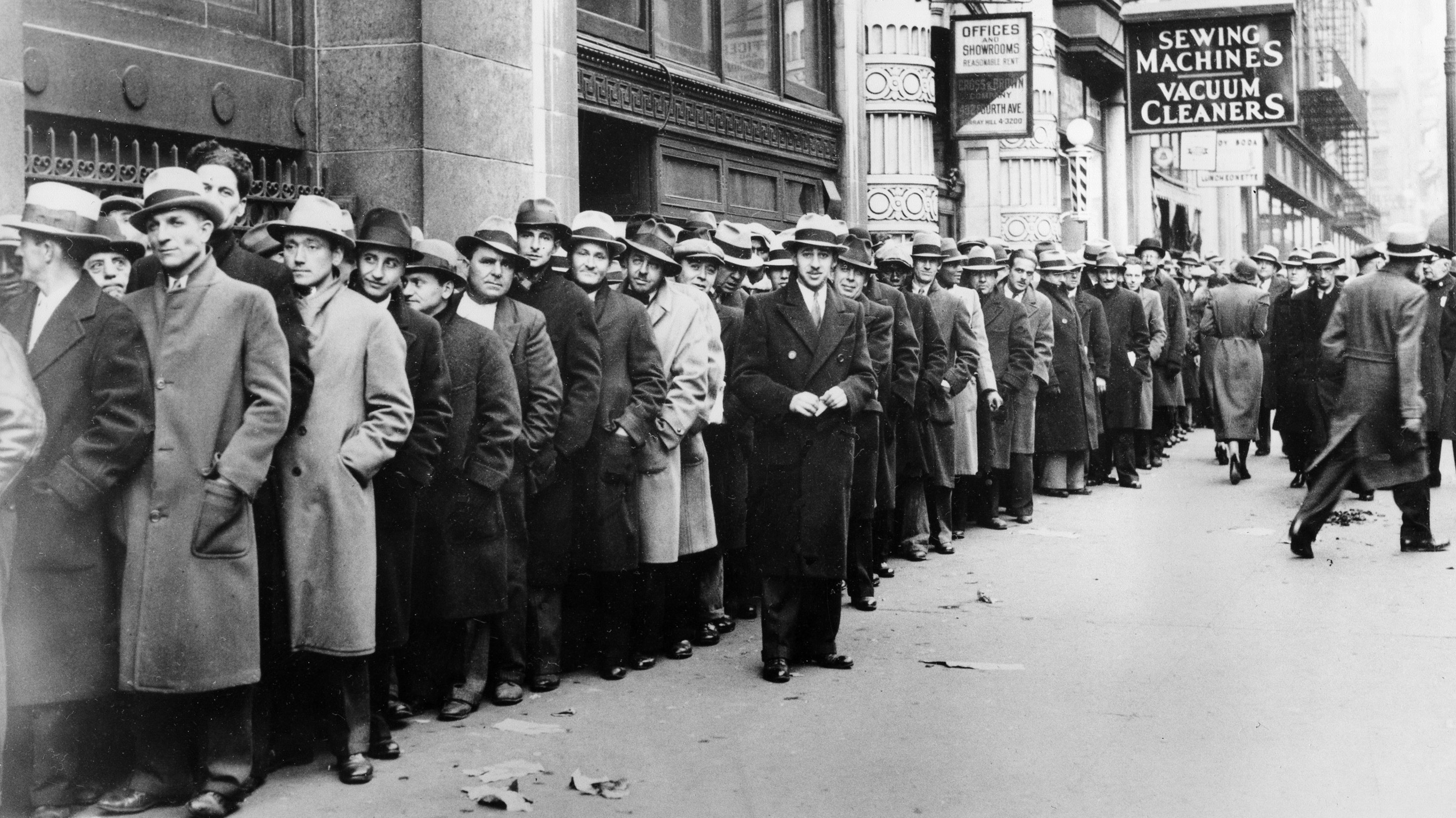 an analysis of the causes of the great depression in the united states of america State of working america the great recession—which officially lasted from december 2007 to june (by far) of any recession since the great depression.