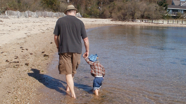 Loudon Wainwright III at the beach with his grandson Archangelo, the son of Martha Wainwright. (Courtesy of the artist)