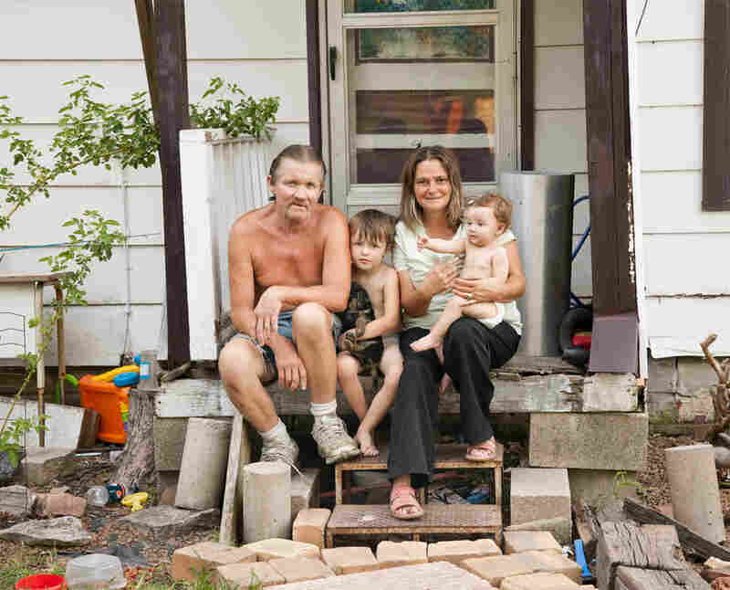 Bob, Brayden, Carol and Brooklyn, Treece, 2010